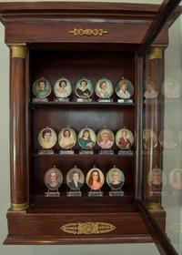 FIRST LADIES MINIATURE COLLECTION
